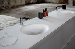 rife-design-2010-industrial-Bathroom-Ka-Inbani-imagendestacada