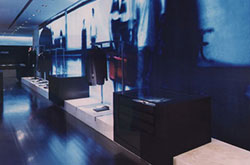 Interior-Retail-From-Overland-1999-imagendestacada